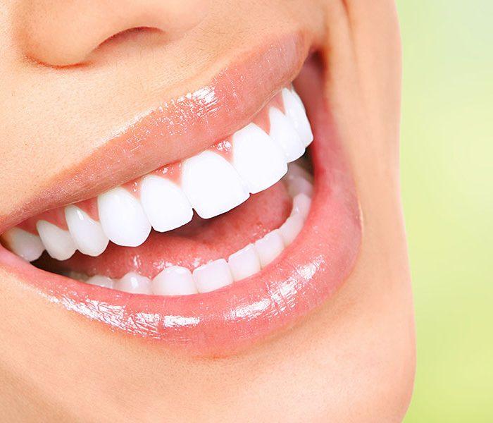 Eine Gesunde Mundhöhle und saubere Zähne sind Covid-19-Schutz!